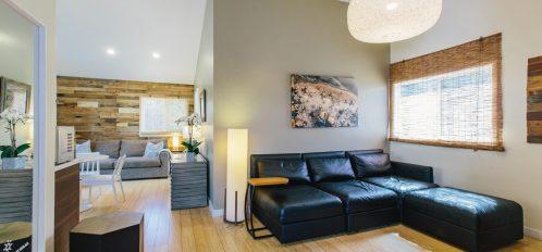 Full moon living room